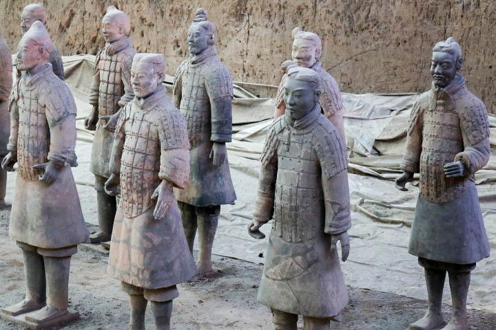 Armée de soldats en terre cuite Xi'An