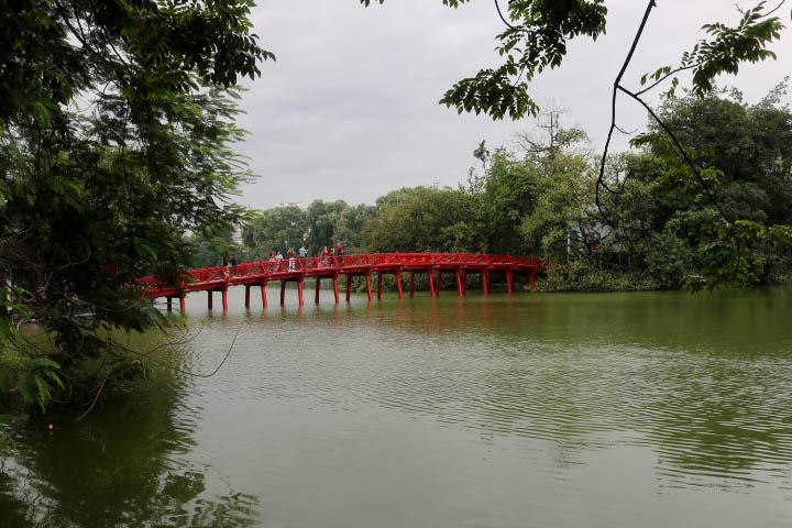 Pont Lac Hoan Kiem