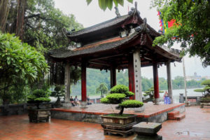 Temple Ngoc Son