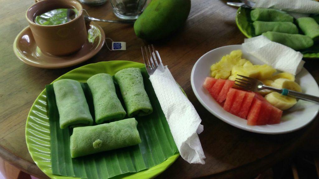 Dadar Gulung Bali